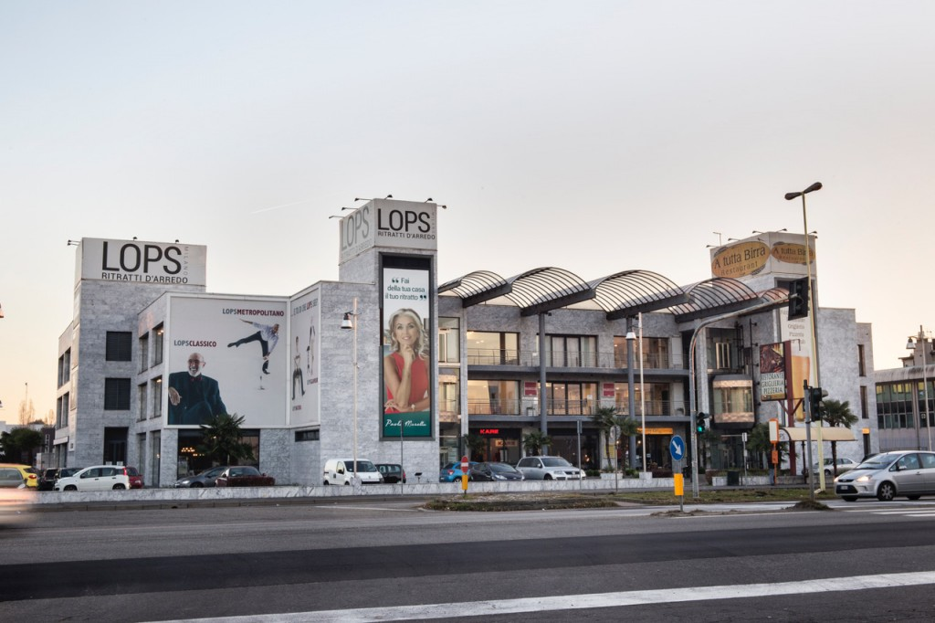 Lops Arredi Design District_1